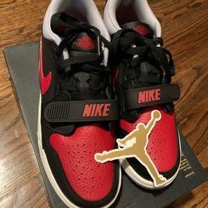 Air Jordan women shoes size 6.5